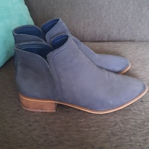 Genuine brushed leather aldo ankle boots